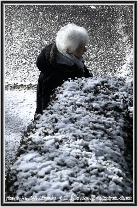 Snowy lady